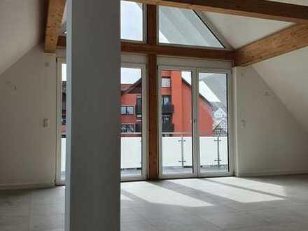 Erstbezug: stilvolle 3-Zimmer-DG-Wohnung mit Balkon in Würzburg/Versbach