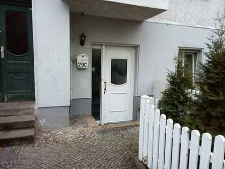 Wohnen in Pankow - 4 Räume - Laminat - gefliestes Duschbad - ca. 115 m² - 1.349 € warm