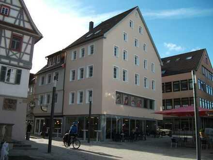 Gepflegte voll möblierte 3-Zimmer-Wohnung in Künzelsau