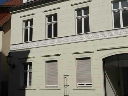 wohnen in der Stadtmitte unweit der Havel im 3-Familienhaus