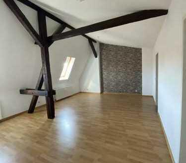 +++schöne Dachgeschosswohnung in Zentrumsnähe - Stendal+++