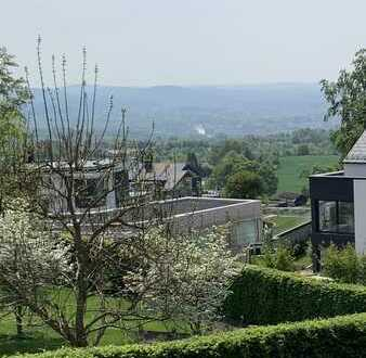 Exklusive Neubau Villa im Himbeergrund