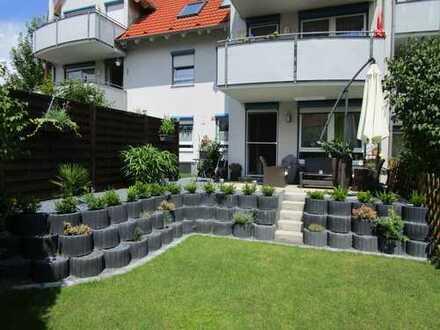 Provisionsfrei!!!Wunderschöne 2 Zimmer Wohnung mit Garten und Terasse