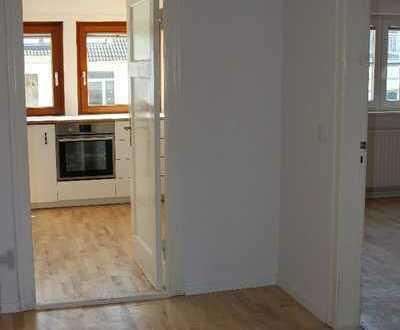 Schöne zwei Zimmer Dachgeschosswohnung im Flüsseviertel, in Bremen, Neustadt