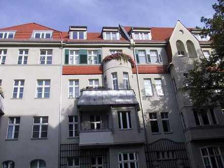 Exklusive 4-Zimmer-Wohnung mit Balkon in Pankow