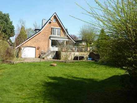 Charmantes Einfamilienhaus mit großem Garten in ruhiger Lage