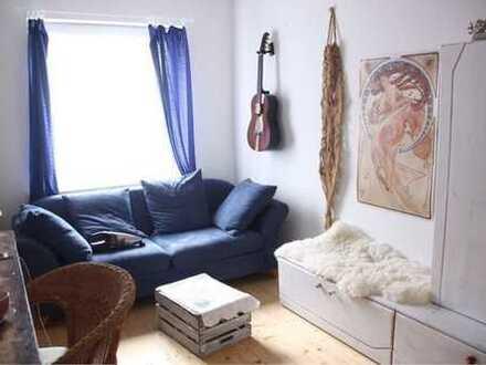 Exklusive, modernisierte 2-Zimmer-Wohnung mit Balkon und EBK in Freiburg im Breisgau
