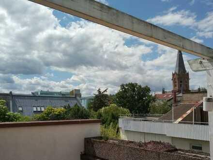 Maisonettewohnung mit schöner Dachterrasse und 2 Bädern in der westl. Innenstadt