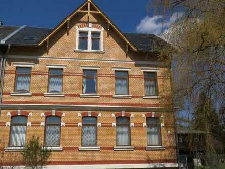 re. Klinker-MFH-DHH -MIT HH 5.690 m² naturnahes Grundst.- insg. 5 WE + 3 Garagen