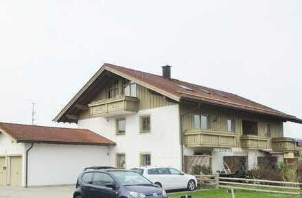 2-Zi.-Wohnung im 1.OG mit Balkon, teilw. Seeblick und Kfz-Außenstellplatz.