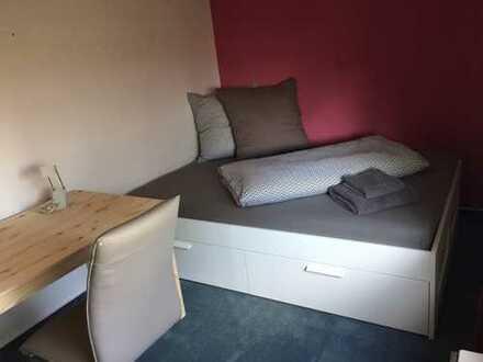 mobiliertes Zimmer in einer WG - ruhige zentrale Lage, nähe S-Bahn