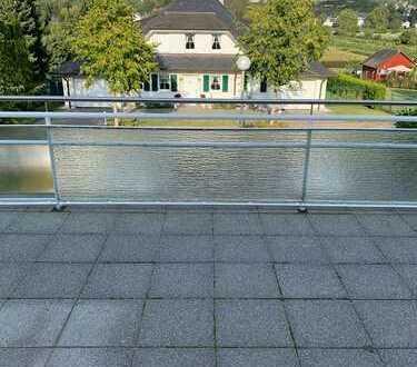 Vollständig renovierte 3-Zimmer-DG-Wohnung mit Dachterrasse in Remagen-Kripp