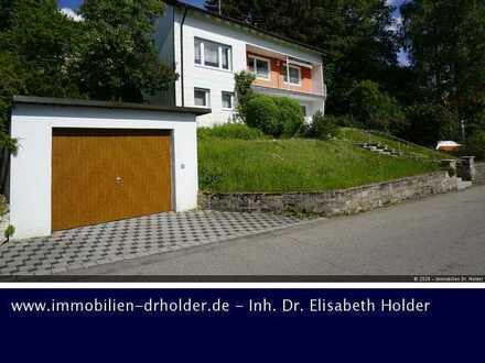 Schöne Aussichten: Einfamilienhaus mit Balkon, Ausbaureserve & Garagen! Kauf, St. Johann