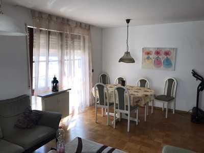 Schöne möblierte 2 Zi-Wohnung in Schönaich