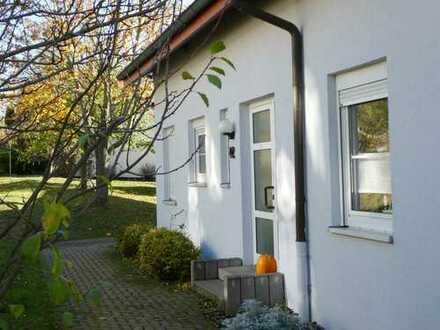 Erfurt-Waltersleben, schöne 3,5 Raum-Garten-WHG mit gr. Terrasse für Eigennutzer oder Kapitalanleger