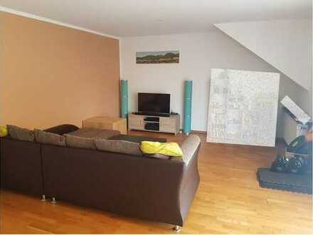 3-Zimmer Wohnung mit Balkon in Bonn Niederholtorf
