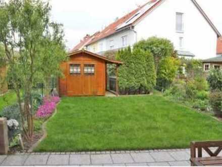 Provisionsfreie, neuwertige 4-Zimmer-Maisonette-Wohnung mit Terrasse und Einbauküche in Landsberg
