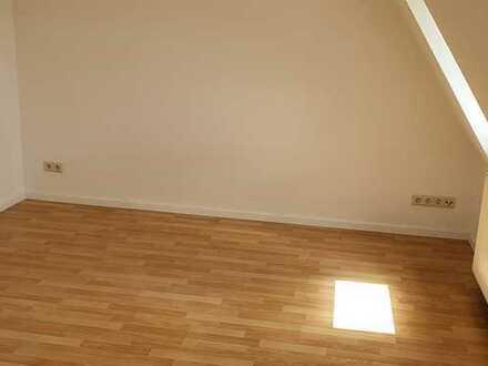 *IHR NEUES ZUHAUSE! 1-Zi.-Wohnung mit 22m² in Sonneberg zentrumsnah*