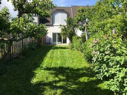 Zentral und sehr ruhig mit sonnigem Garten