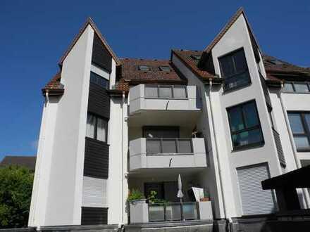 Friedrichsdorf - 4-5-Zimmer-Maisonette-Wohnung mit 2 Balkonen + 2 TG-Plätzen