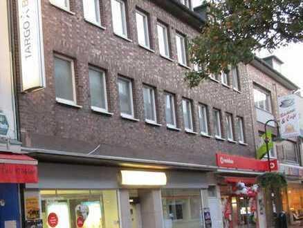 hochwertig renovierte Wohnung im Zentrum
