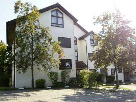 Schöne, großzügige 2,5-Zimmer-Studio-Maisonettewohnung in Dusslingen