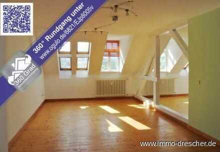 Großzügige 2-ZKB Dachgeschosswohnung mit neuem Bad und neuer Einbauküche, Stellplätze optional