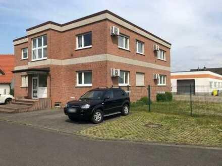 Bürogebäude mit Industrie- und Lagerhalle in attraktiver Lager in NEUSS-Hoisten