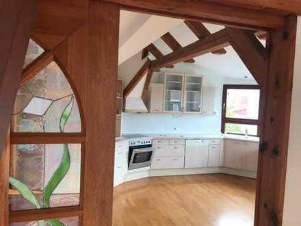 1.250 €, 140 m², 4 Zimmer