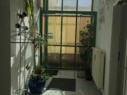 ehem. Arztpraxis ** ca. 164 m² ** 2-3 Sprechzimmer **