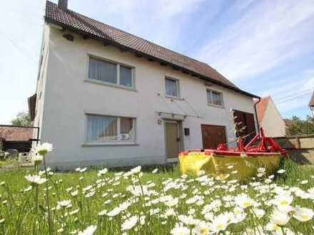 Großzügiges Bauernhaus bietet interessante Möglichkeiten in Ulm-Einsingen