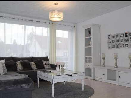 Modernisierte 4-Zimmer-Wohnung / mit Balkon in Wendlingen, Zentrumsnah, S Bahn Nähe