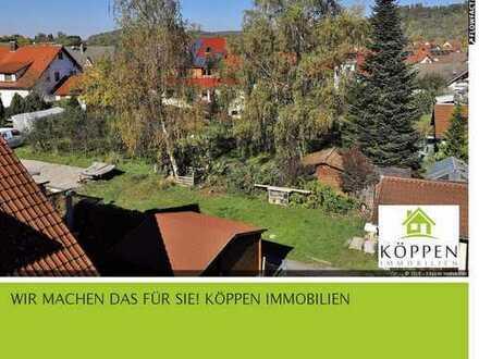 Eigentumswohnung mit 4-5-Zi. mit ca. 130 qm Wfl., 2 Bäder, großer Balkon, Garage und Stellplatz