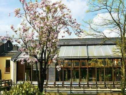 Außergewöhnliche Architektenwohnung, 4 Zimmer, ca. 122 m², bzw. 173 m²