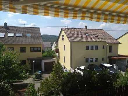 Modernisierte 5-Zimmer-Wohnung mit Balkon in Leonberg