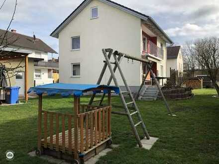 Haus sucht glückliche Familie tolle Lage - saniert - kurzfristig Bezugsfrei