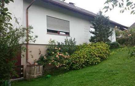 Großes Haus in ruhiger, sonniger Lage in Memmingen-Eisenburg