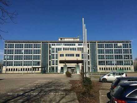 Büroimmobilie mit Rechenzentrum