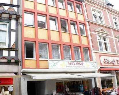 Ansprechende 3-Zimmer-Wohnung mit Balkon in Einbecker FuZo