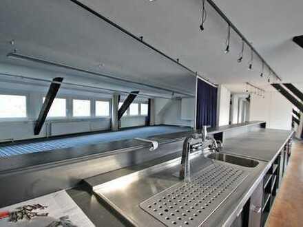 Traumdachgeschoss mit Blick auf die Weser zum Leben und Arbeiten