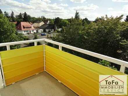 ToFa: teilrenovierte Maisonettewohnung mit viel Nutzfläche im DG, frei!