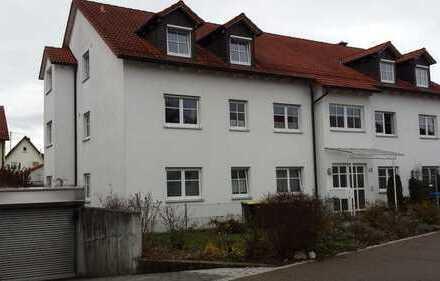 Traumhafte 3-ZKB-DG-Wohnung mit Balkon und EBK in Friedberg