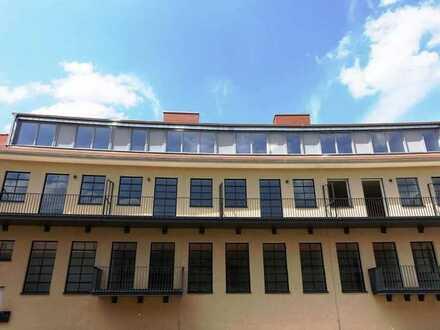 """Wohnen im """"Haus Central"""" in """"G.O.L.D."""" - Luxus-Townhouse mit Balkon und Gartenterrasse"""