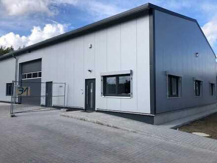 Postbauer-Heng ! Universelle Neubauhalle mit Büro, kurzfristig beziehbar !