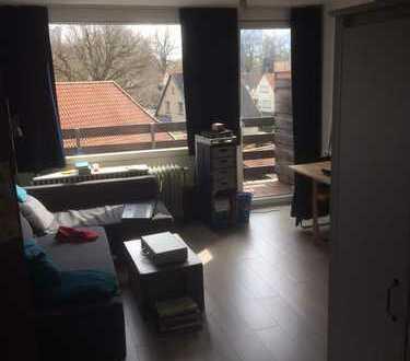 Freundliche 1-Zimmer-Wohnung mit Balkon und Einbauküche in Oldenburg
