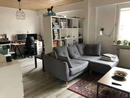 Moderne 2,5-Zimmer-EG-Wohnung mit Einbauküche in Darmstadt