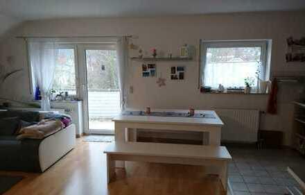 Geräumige und gepflegte 1,5-Zimmer-DG-Wohnung zur Miete in Gelnhausen