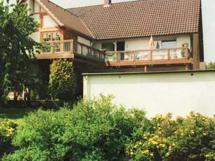 Vollständig renovierte 5-Zimmer-EG-Wohnung mit Terasse und Gartenmitbenutzung in Rinteln