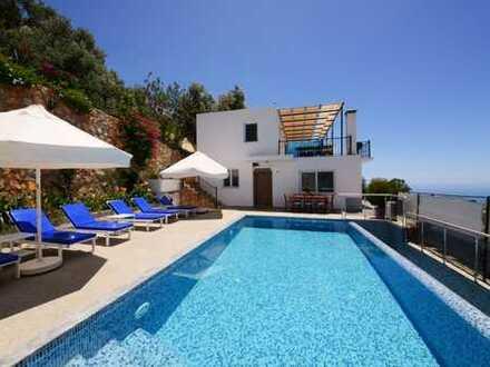 Wunderschöne Villa overhalb Kalkan's mit fantastischem Meerblick