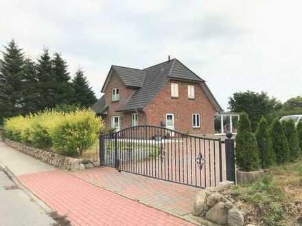 Großzügiges & gepflegtes Einfamilienhaus mit großen Grundstück in Struckum